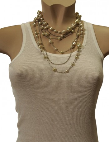 Long beaded chain with pearls